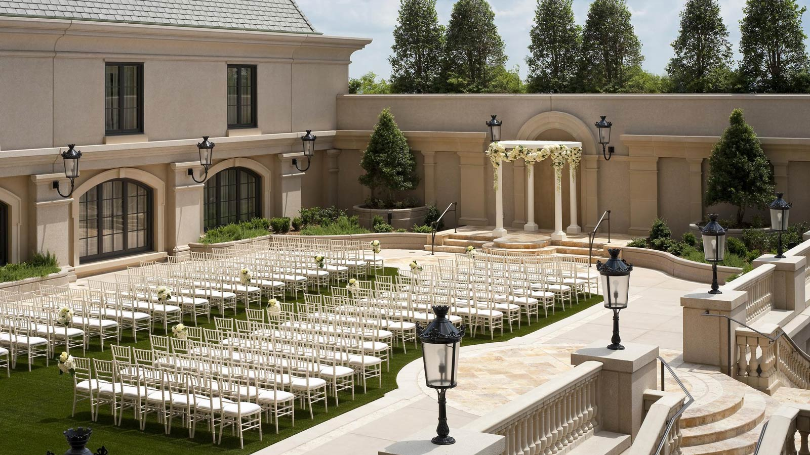 Atlanta wedding venues the st regis atlanta outdoor wedding venues in atlanta the st regis atlanta junglespirit Images