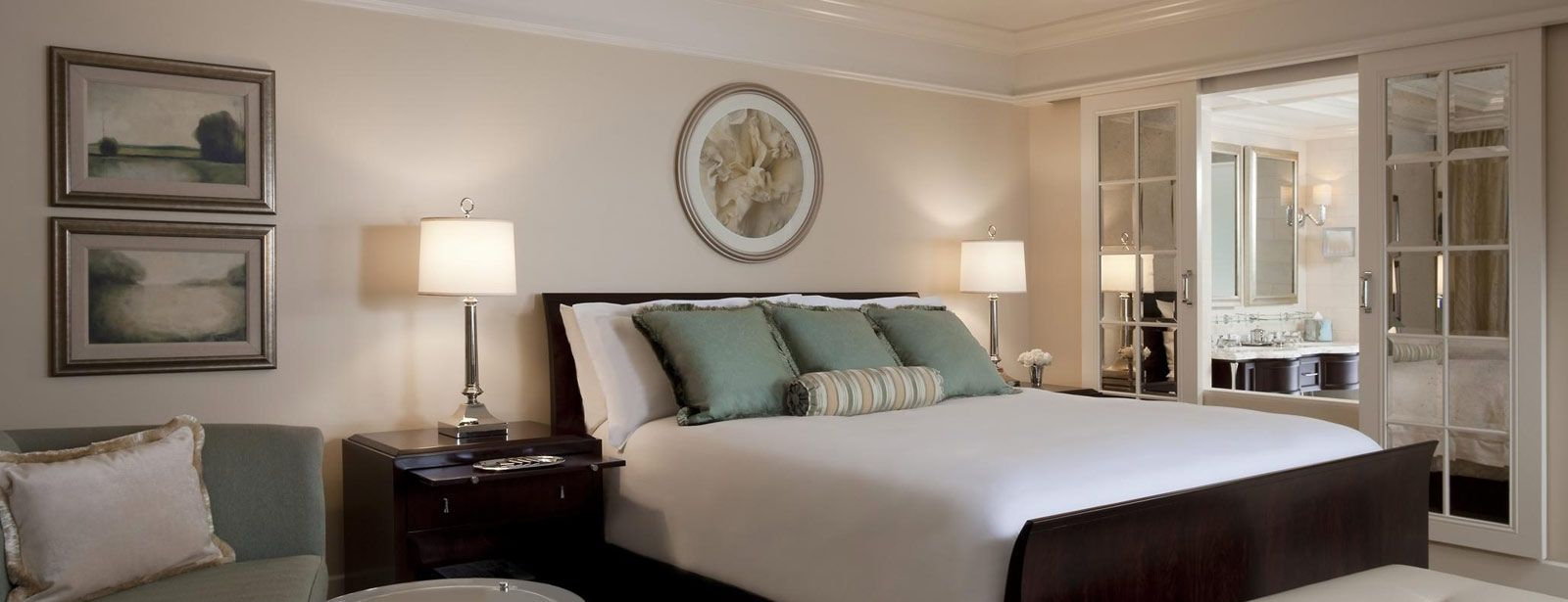 Deluxe Room | The St. Regis Atlanta