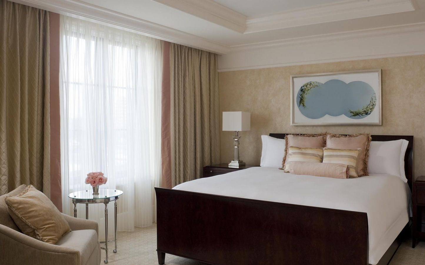 Metropolitan Bedroom Furniture Suite The St Regis Atlanta